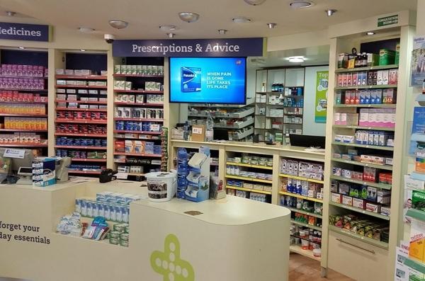 Estantes digitales para farmacias