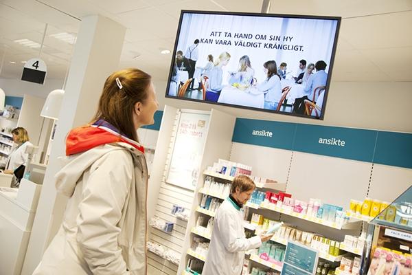 Señalización digital en farmacias