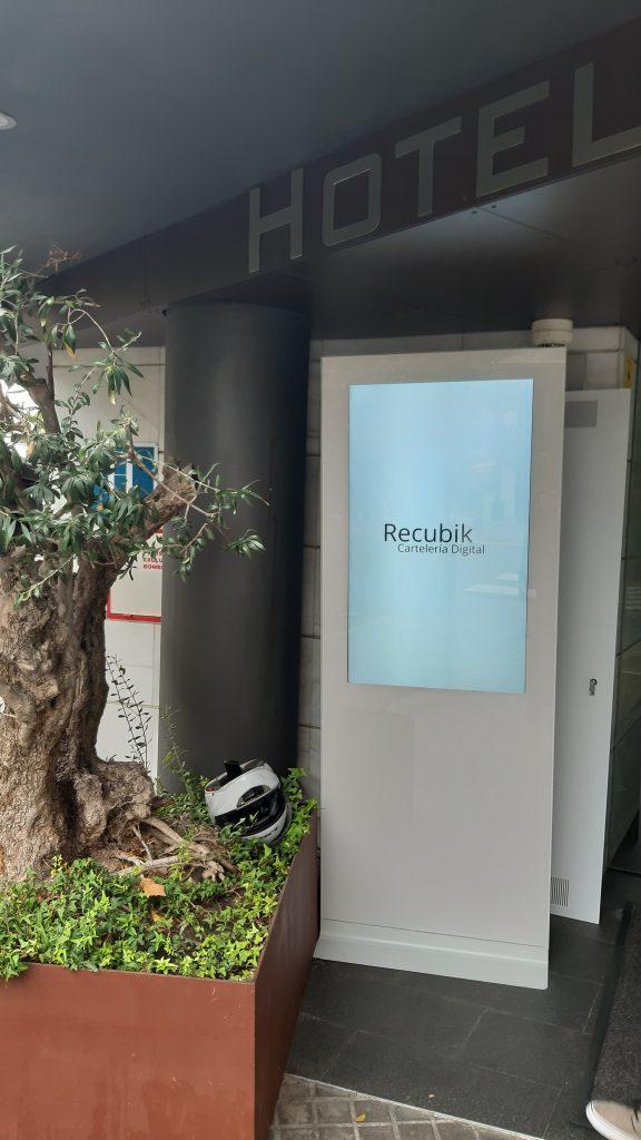carteleria digital hoteles