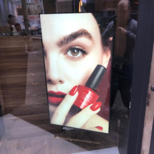 Beauty-nail-concept-carteleria