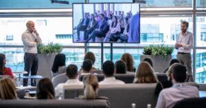 1- La señalización digital establece el espíritu de su marca y su cultura corporativa